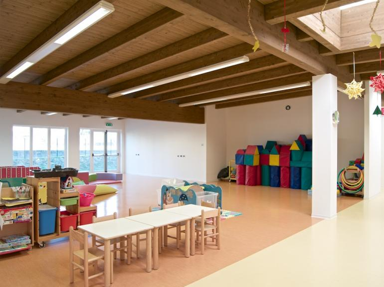 KINDERGARTEN CASSINA RIZZARDI - COMO